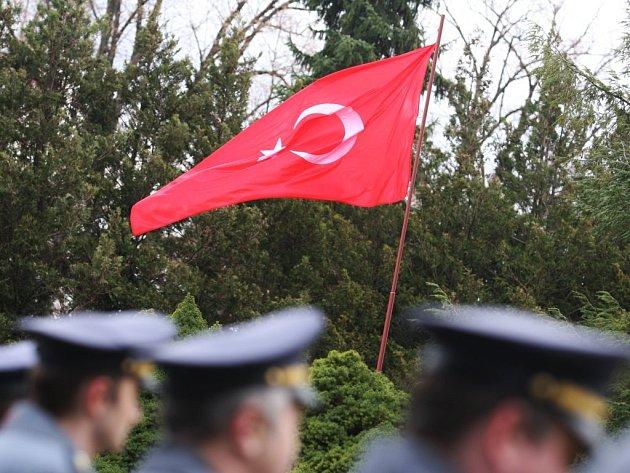 Vzpomínkový obřad u příležitosti uctění památky tureckých vojáků pochovaných na pardubickém hřbitově