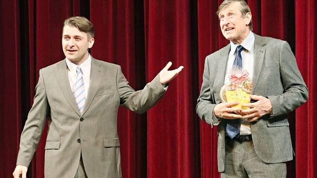 Václav Vydra jako patron představení Grand Festivalu smíchu.