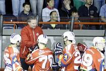 Vybral si svůj tým. Miloš Říha vyřadil z kádru  Dynama Pardubice pět hráčů, momentálně mu do plánů nezapadají Halász, Rusina, Cetkovský, Niederbach a Sikela.