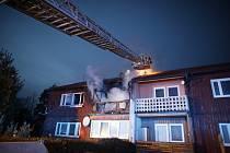 Při požáru nebyl nikdo zraněn.