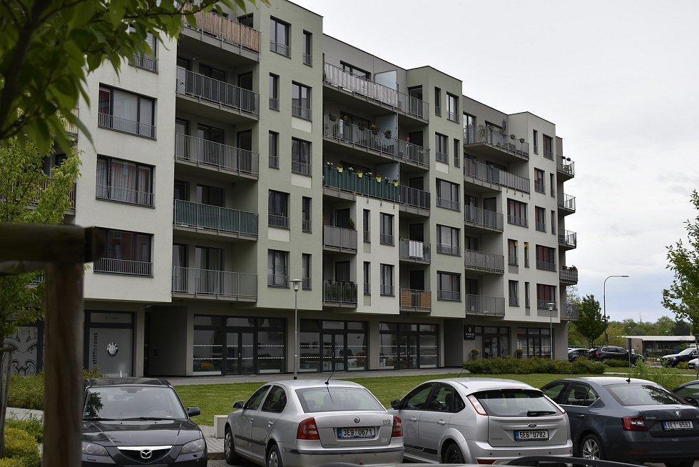 Nové bytové domy v lokalitě U Vinice.