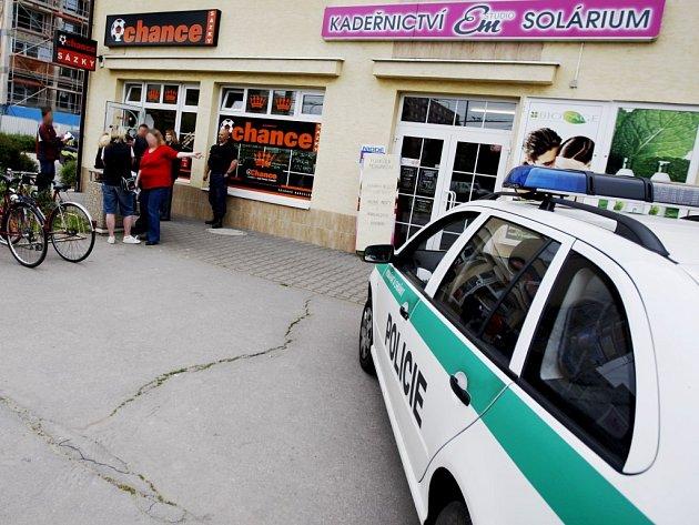 Sázková kancelář v Polabinách byla vyloupena