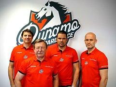 Nové složení lavičky HC Dynamo Pardubice: Michal Mikeska, kouč Vladimír Martinec, generální manažer Pavel Rohlík a Karel Beran.