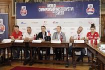 Z tiskové konference před začátkem světového hokejbaloévho šampionátu.