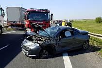 Dopravní nehoda u Mikulovic