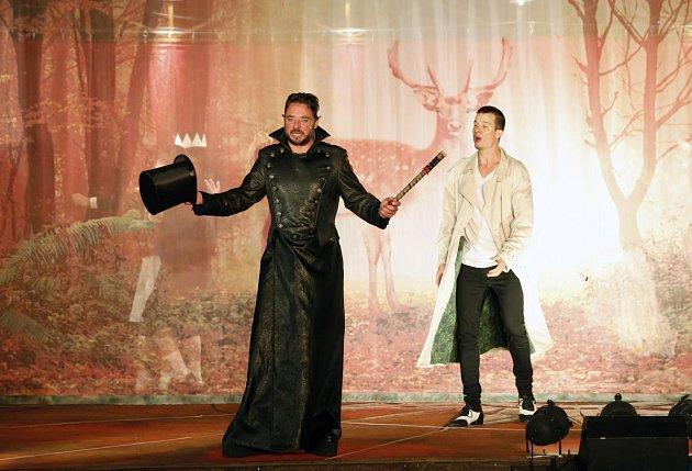 Z představení Král jelenem