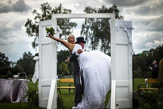 Svatba u Taxisu: Barbara Machová a Čeněk Brynda.