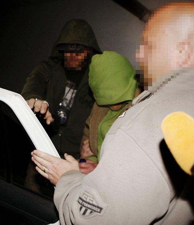 Zatčený muž doma provozoval malou továrnu na pervitin.