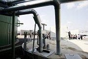 BIOPLYNOVÁ stanice v Ostřetíně byla včera krátce před polednem slavnostně uvedena do provozu.