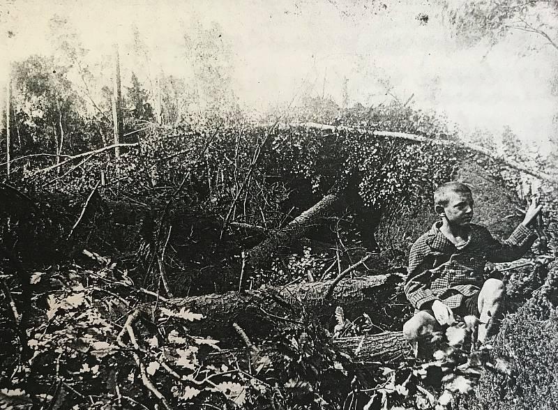 Fotografie z kroniky obce Valy.