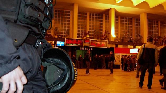 Na fanoušky Baníku dohlíželi policisté