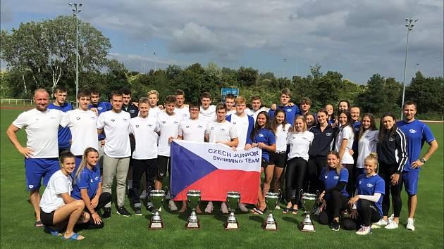 Česká juniorská reprezentace ovládla Duel in the Pool v Rakousku