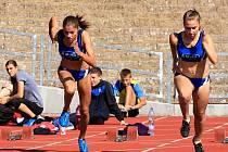"""Pardubický """"Rychlý holky"""". Na dráhu Městského atletického stadionu v neděli vyrazí i sprinterky pardubické Hvězdy."""
