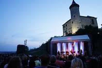 Koncerty na Kunětické hoře. Ilustrační snímek.