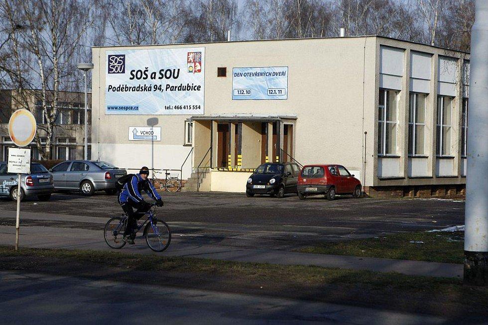 Střední odborná škola (SOŠ) a Střední odborné učiliště (SOU) Poděbradská
