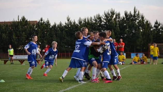 Finálové mládežnické turnaje Okresního fotbalového svazu Pardubice.