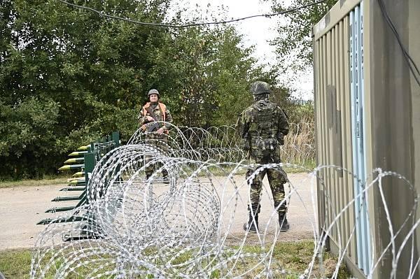 Vojáci aktivní zálohy zajišťovali ochranu a obranu objektů kritické infrastruktury a podporu simulovaného průjezdu spojeneckých jednotek na našem území.