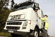 Kontroly kamionů v Pardubicích