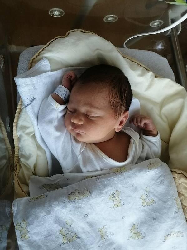 Jakub Dejdar se narodil 21. 7. 2021 v 10:16 hodin. Vážil 3270 g. Velikou radost udělal mamince Tereze Čermákové a Jakubovi Dejdarovi z Chrudimi.