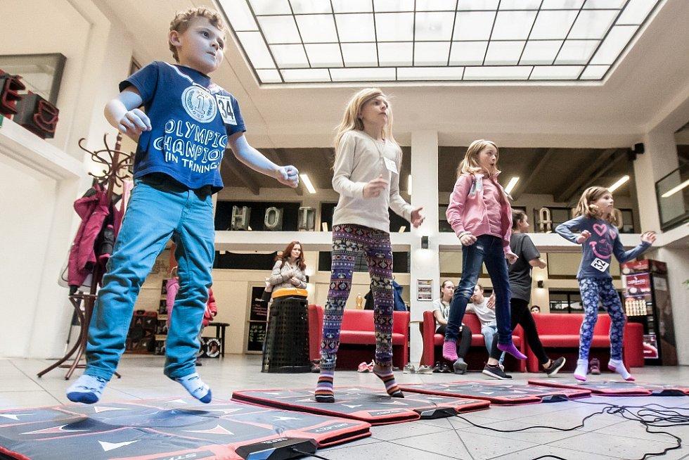 V Pardubicích se konalo mistrovství republiky na tanečních podložkách.