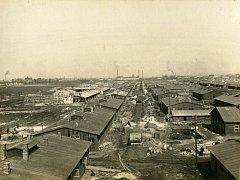 Výstavba válečné nemonice v Pardubicích v roce 1914/1915.