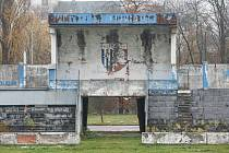 Fotbalové legendy podpořily výstavbu nového fotbalového stadionu v Pardubicích.