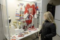 Výstava k 90 letům pardubického hokeje na pardubickém zámku.