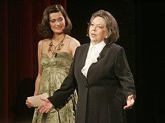 Lucie Štěpánková s Jiřinou Jirásková
