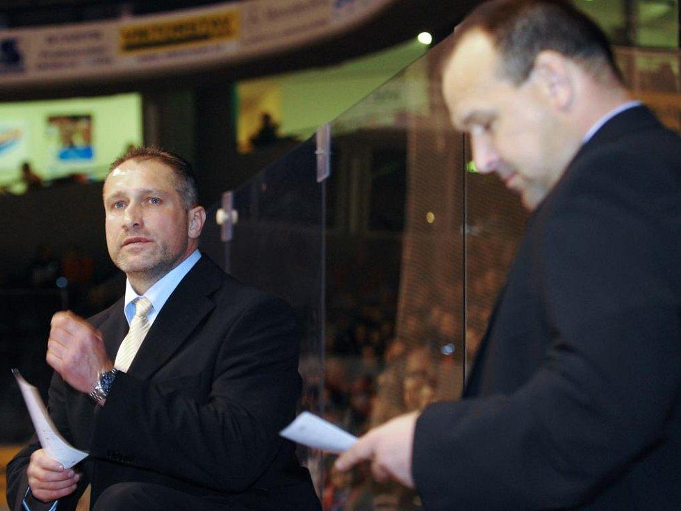 Vlevo Jiří Šejba, vpravo Ladislav Lubina