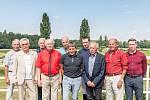 Setkání vítězů Velké pardubické 2020, na snímku zleva: František Zobal, Josef Vavroušek, Karel Benš, František Vítek, Libor Štencl, Josef Váňa, Jan Faltejsek, Vlastimil Knápek, Pavel Liebich a Jan Kratochvíl.