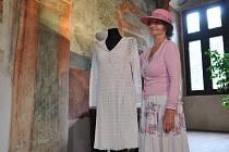 Vendula Jozífová a její svatební šaty.