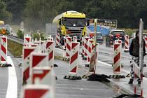 První úsek čtyřpruhové silice na tahu Pardubice – Hradec Králové slouží řidičům