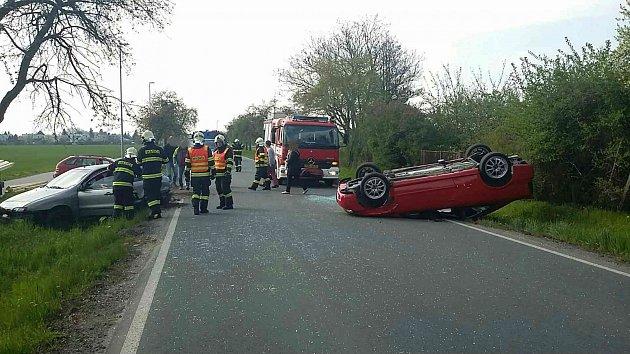 Nehoda ve Vodárenské ulici v Pardubicích.