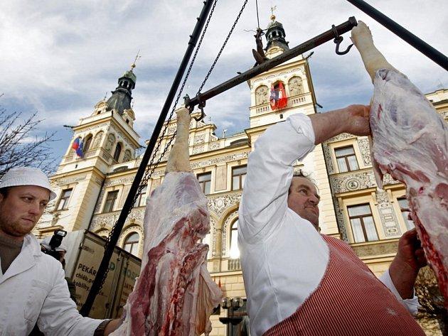 První pardubické Vepřobraní na Pernštýnském náměstí