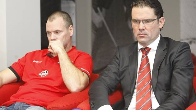 Dynamo mění trenéra i generálního manažera. Říhu střídá Richard Král (vlevo) a Ondřeje Šebka zase Pavel Rohlík
