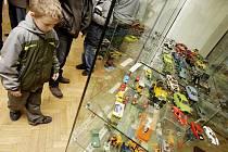 Výstava v Pardubicích představuje sen každého kluka libovolného věku - angličáky