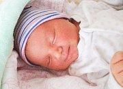 ROZÁRKA VRÁNOVÁ se narodila 24. března v 11 hodin a 33 minut. Měřila 49 centimetrů a vážila 3350 gramů. Maminku Anetu podpořil u porodu tatínek Josef. Rodina bydlí v Pardubicích.