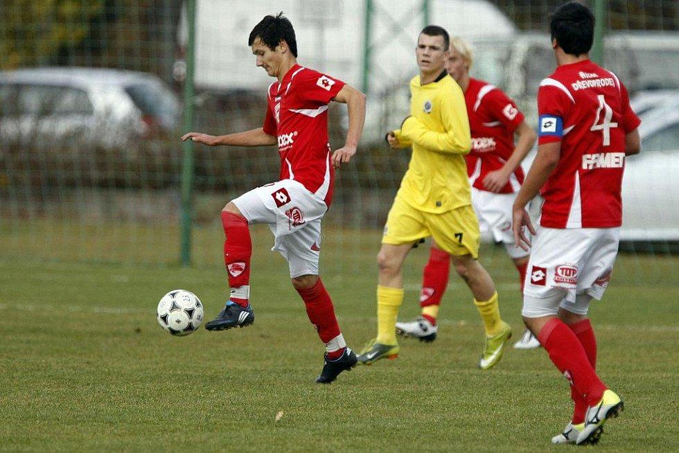 Nováček I. ligy dorostu zdolal v Ohrazenici favorita 3:0.