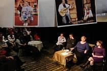 Talkshow Bez nápovědy s Janou Ondruškovou, Alexandrem Postlerem a Milanem Němcem.
