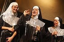 Křest CD muzikálu Jeptišky na Malé scéně pardubického divadla.