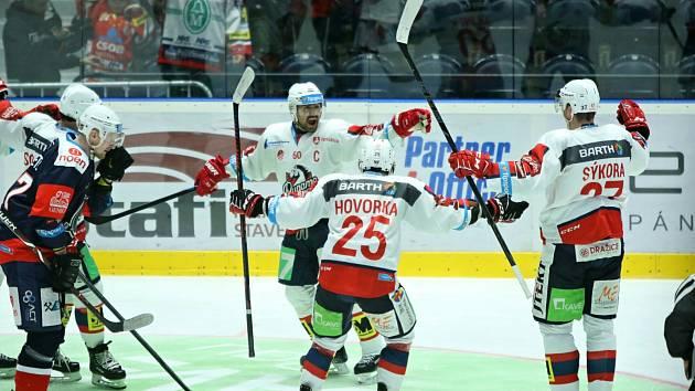 Baráž o extraligu - 4. kolo: Pardubice - Chomutov 7:0