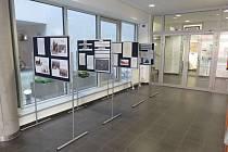 Výstava Od sametové revoluce po vznik městského úřadu. Přelouč v letech 1989-1990.