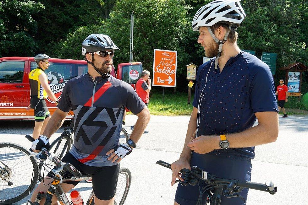 Pardubickým hokejistům vrcholí kondiční soustředění ve Špindlerově Mlýně