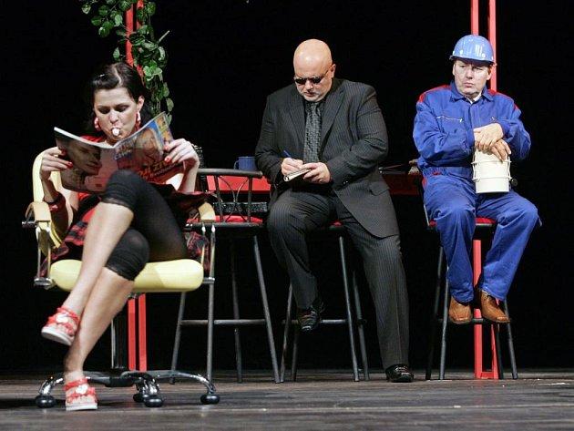 Detektivní crazy komedie Bláznivé nůžky ve VČD Pardubice