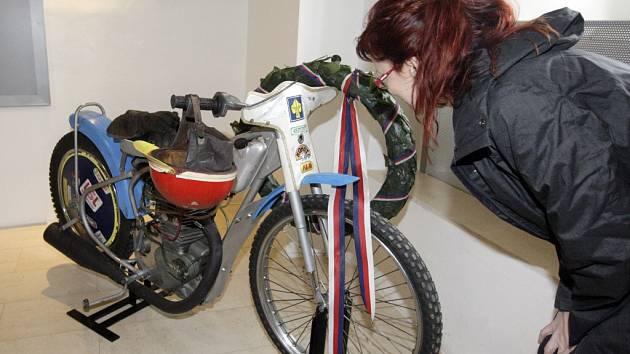 Slavný plochodrážní motocykl Antonína Kaspera staršího.