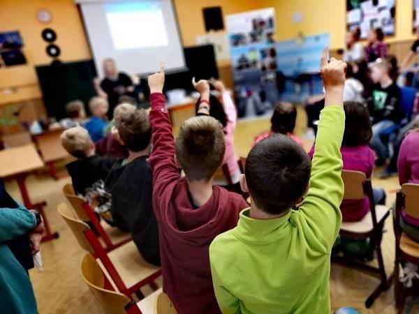 Děti soutěžily o zajímavé ceny ve vědomostních soutěžích.
