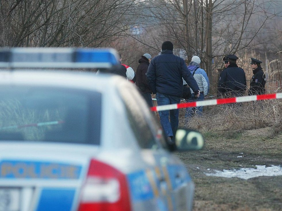 V pardubickém Dolíčku došlo k vraždě 26letého muže.