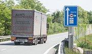 Ve Chvaleticích řeší problém s kamiony parkujícími přímo ve městě
