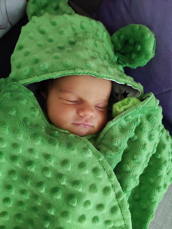 Tamara Macečková se narodila 30. 12. 2020 ve 20:31 hodin. Vážila 3070 gramů. Velkou radost udělala rodičům Jaroslavovi a Martině Macečkovým z Ústí nad Orlicí.
