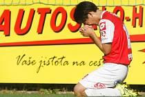 Oslava. Korejský záložník Daewon Kim prožíval svoji gólovou oslavu po trefě na 1:0 hodně emotivně.